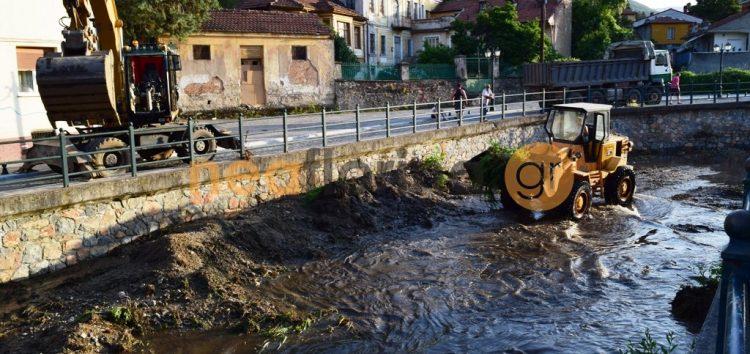 Εργασίες στην κοίτη του ποταμού Σακουλέβα (video)