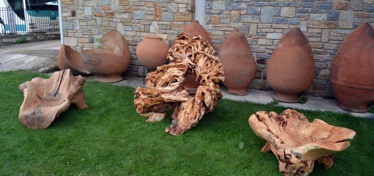 Έκθεση γλυπτών σε ξύλο και μάρμαρο του Φίλιππου Καλαμάρα (video, pics)