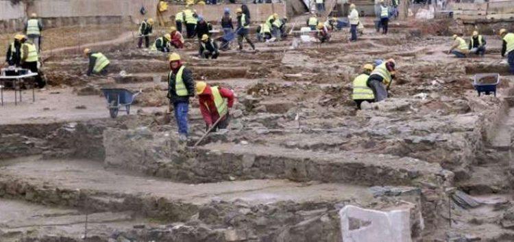 Απλήρωτοι εργαζόμενοι στα αρχαία