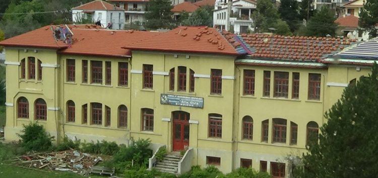 Ξεκίνησαν οι εργασίες αποκατάστασης της σκεπής του κτιρίου «Αγίου Όλγα» (video)