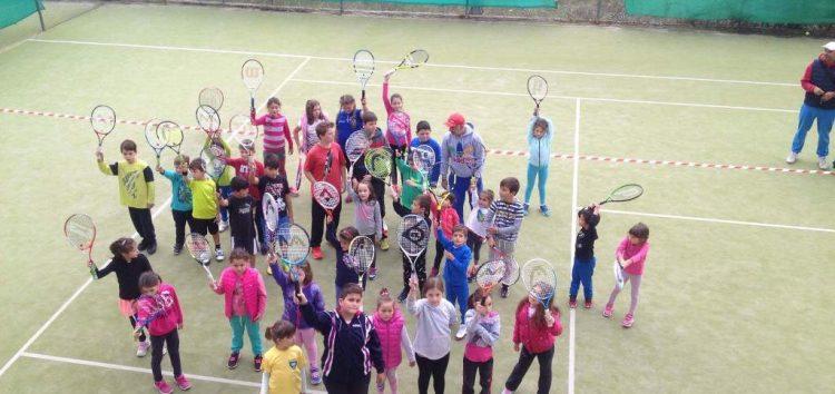 Οι Σάρισες σε διασυλλογικούς αγώνες τένις στην Καστοριά