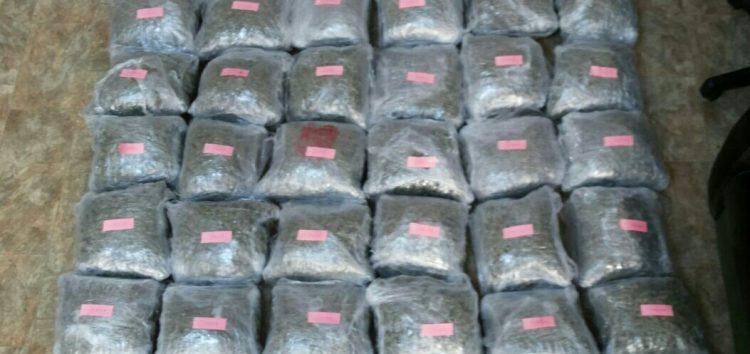 Σύλληψη 5 ατόμων για εισαγωγή και κατοχή 74 κιλών ακατέργαστης κάνναβης σε περιοχή της Φλώρινας