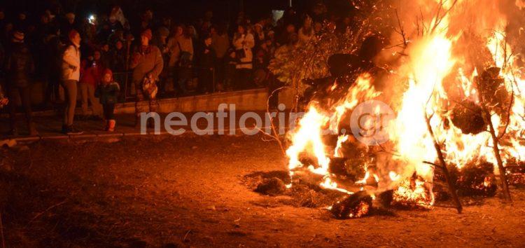 Η φωτιά του 5ου δημοτικού σχολείου Φλώρινας (video, pics)