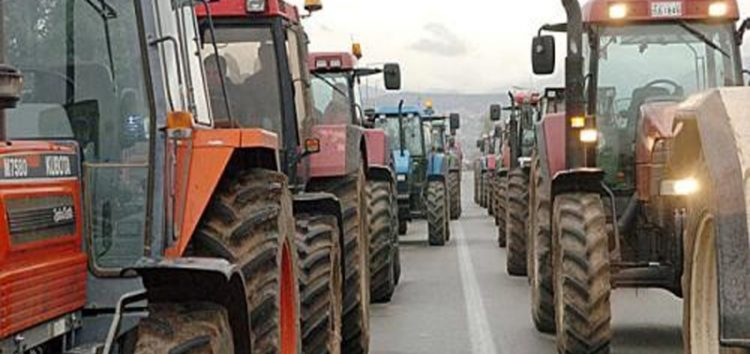 Οι αγρότες του μπλόκου διασταύρωσης Μανιακίου συμπαραστέκονται στον αγώνα κατά της πώλησης της ΔΕΗ