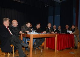 Συνάντηση του δημάρχου Φλώρινας με τους επιτυχόντες του προγράμματος κοινωφελούς εργασίας (pics)