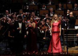 Συγχαρητήριο του συλλόγου «Οκτάβα» προς τη σοπράνο Βιολέττα Λούστα