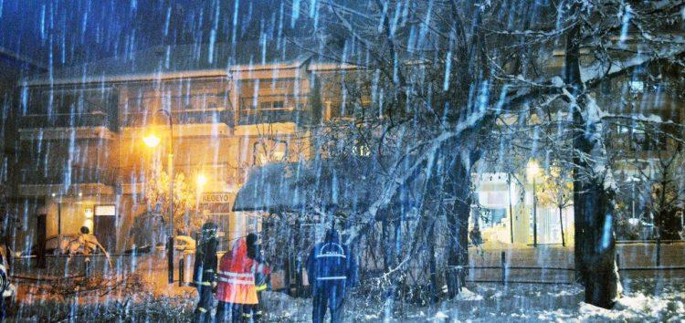 Συνεχίζονται τα προβλήματα από τη χιονόπτωση