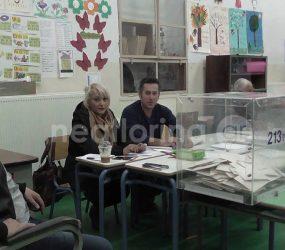 «Ναι» στη μετεγκατάσταση αποφάσισαν οι κάτοικοι της Αχλάδας (pics)