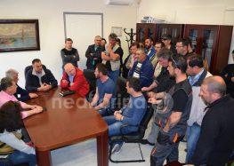 Τα αιτήματά τους εξέθεσαν στη δημοτική αρχή οι συμβασιούχοι του δήμου Φλώρινας (video, pics)