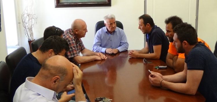 Συνάντηση των συμβασιούχων του δήμου Φλώρινας με αντιδημάρχους