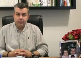 Η συνέντευξη του διευθυντή σπουδών του φροντιστηρίου «Θεωρητικό» Λάζαρου Σαββίδη στο Ράδιο Αμύνταιο (video)