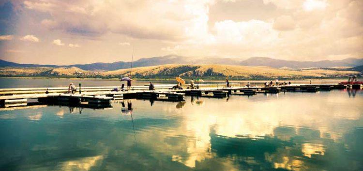 Γυρίσαμε τις λίμνες του Αμυνταίου και ανακαλύψαμε έναν υπέροχο προορισμό (και) για καλοκαιρινά ταξίδια