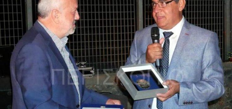Συγκινητική η υποδοχή της αποστολής του δήμου Καραβά στο Αμύνταιο – Μάγεψε το κοινό η Ηρώ Σαΐα (video)