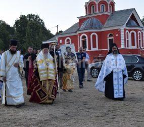 Λαμπρός εορτασμός της Παναγίας στην Κλαδοράχη (video, pics)