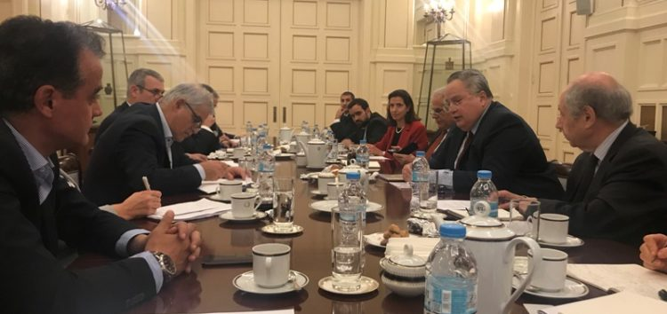 Σύσκεψη στο υπουργείο Εξωτερικών για το άνοιγμα του μεθοριακού σταθμού στο Λαιμό Πρεσπών (pics)
