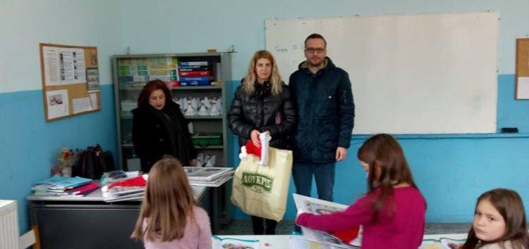 Ευχές και χριστουγεννιάτικα δώρα μοίρασε στους μαθητές ο Σύλλογος Γονέων του δημοτικού σχολείου Μελίτης
