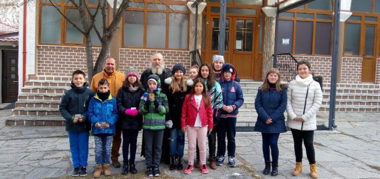 Ολοκληρώθηκε η συλλογή τροφίμων και ρουχισμού στη δράση «Μέρες Προσφοράς και Αγάπης» του δημοτικού σχολείου Μελίτης