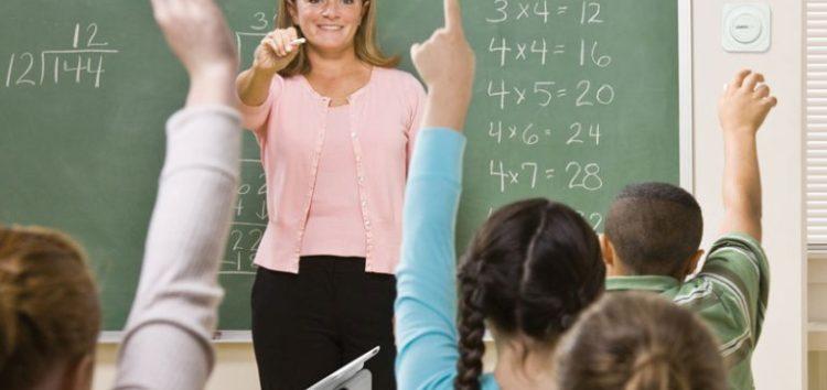Αλήθειες και ψέματα για το ωράριο των εκπαιδευτικών