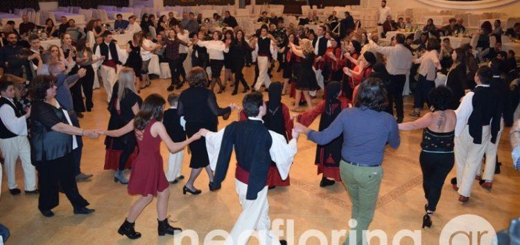 Ο ετήσιος χορός του Συλλόγου Ηπειρωτών Φλώρινας (video, pics)