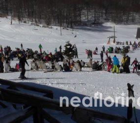 «Πλημμύρισε» κόσμο το Χιονοδρομικό Κέντρο Βίγλας – Πισοδερίου (video, pics)