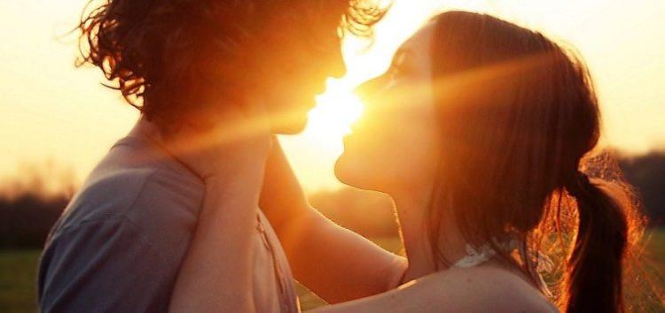 Η ασφάλεια και η ευχαρίστηση της σταθερότητας σε μία σχέση