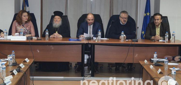 Η ειδική συνεδρίαση του δημοτικού συμβουλίου Φλώρινας για τις εξελίξεις στο Πανεπιστήμιο (video, pics)