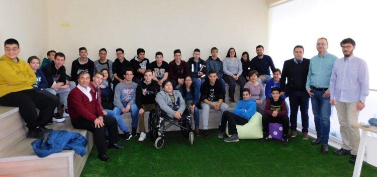 Ενημέρωση στο Κέντρο Ευρωπαϊκής Πληροφόρησης Δ. Μακεδονίας για το Εκκλησιαστικό Γυμνάσιο – Λύκειο Φλώρινας