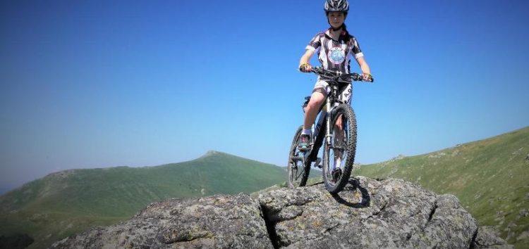 Ξανά στο βάθρο των νικητών η Νεφέλη Τίτα με χάλκινο μετάλλιο στην ποδηλασία ΜΤΒ (pics)