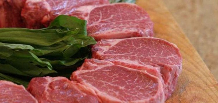 Διανομή κρέατος από την Κοινωφελή Επιχείρηση Δήμου Φλώρινας και την Ιερά Μητρόπολη Φλώρινας για τους δικαιούχους ΤΕΒΑ-ΚΕΑ