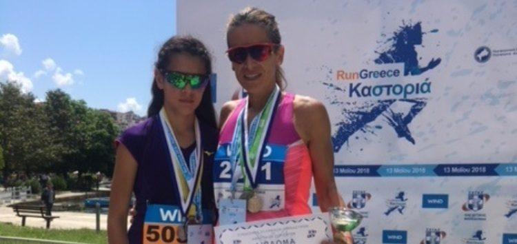 Δύο Φλωρινιώτισσες στο βάθρο του Run Greece Καστοριάς (pics)