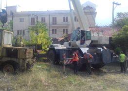 Ξεκίνησαν οι εργασίες ανακαίνισης της μάντρας στην είσοδο της πόλης της Φλώρινας (video, pics)