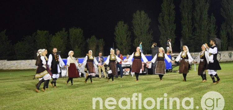 Πανδαισία παραδοσιακών χορών στην Ιτιά – Βράβευση της Χριστίνας Τζώτζη (video, pics)