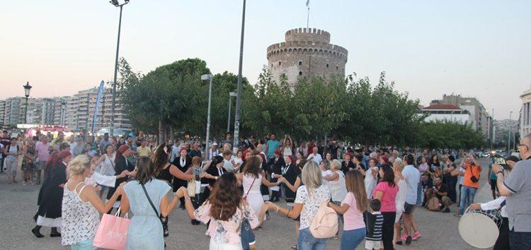 Η Θεσσαλονίκη γέμισε ήχους και γεύσεις της Πρέσπας με την παρουσίαση της γιορτής φασολιού – τσιρονιού (pics)
