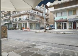 Επιστολή αναγνώστη για τρύπα στην οδό Μητροπολίτη Καραβαγγέλη με 7ης Νοεμβρίου (pics)