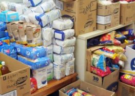 Διανομή τροφίμων και προϊόντων από την Κοινωφελή Επιχείρηση Δήμου Φλώρινας και την Μητρόπολη