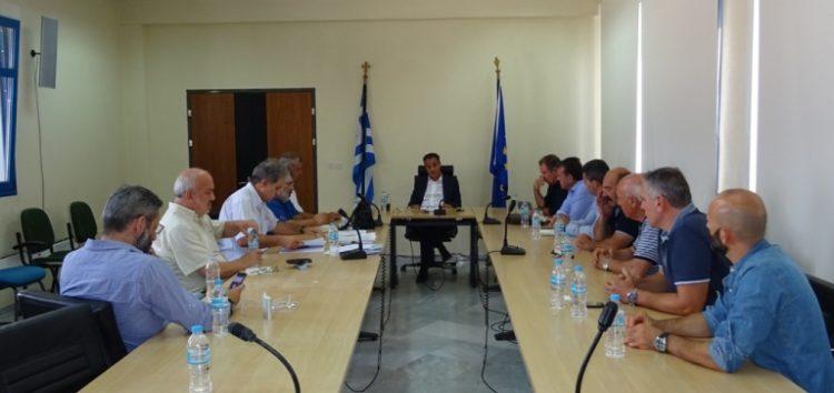 Σύσκεψη στην Περιφέρεια για μετεγκαταστάσεις οικισμών και άλλα θέματα αρμοδιότητας του υπουργείου Ενέργειας