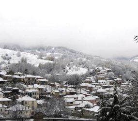 Η πρώτη φετινή επίσκεψη του χιονιά στα ορεινά της Φλώρινας (pics)