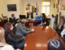 Συνάντηση του δημάρχου Φλώρινας με μητέρες μαθητριών και μαθητών του δημοτικού σχολείου Αχλάδας (pics)