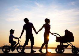 Να γιατί τα παιδιά δεν χρειάζονται ψυχολόγο, αλλά γονείς