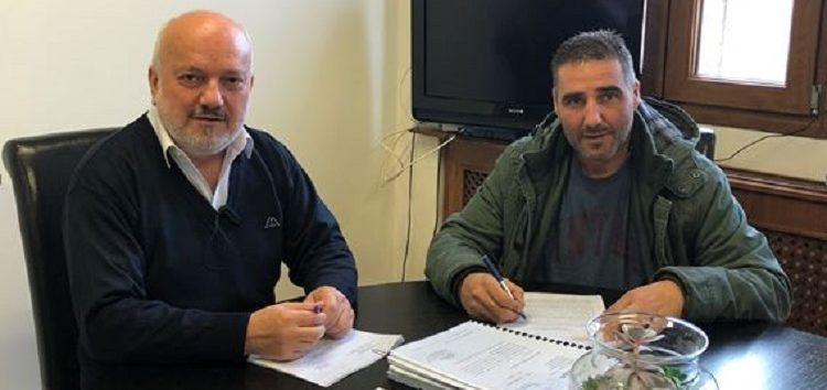 Υπογραφή σύμβασης εκτέλεσης του έργου κατασκευής τοιχίου αντιστήριξης σε οδό του Νυμφαίου