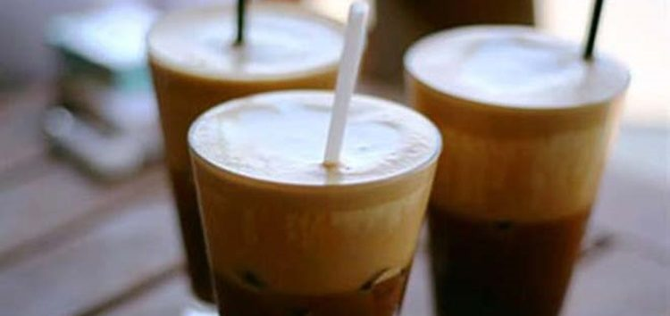 Ζητείται κοπέλα για καφέ – μπαρ