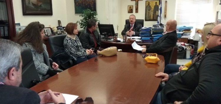 Συνάντηση στο δημαρχείο Φλώρινας για την ενεργειακή αναβάθμιση και τη βελτίωση υποδομών του 1ου δημοτικού σχολείου