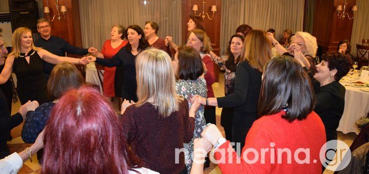 Η βασιλόπιτα της παραδοσιακής χορωδίας και της χορωδίας γονέων και φίλων του Ωδείου (video, pics)