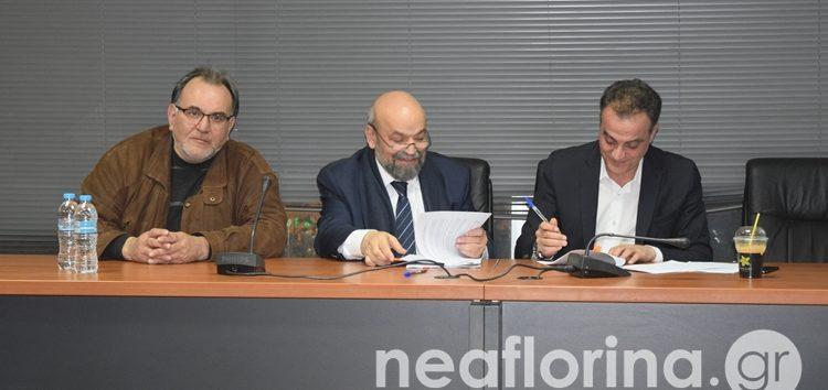 Σύμβαση συνεργασίας μεταξύ Περιφέρειας και ΚΕΠΑ ΑΝΕΜ – Παρουσίαση προγραμμάτων για επιχειρηματίες (video, pics)