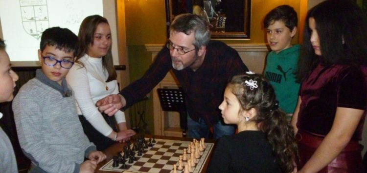 Κοπή βασιλόπιτας της Σκακιστικής Ακαδημίας της Λέσχης Πολιτισμού Φλώρινας (pics)