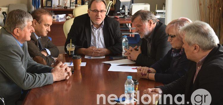 Συνάντηση εργασίας του προέδρου και μελών του Επιμελητηρίου Φλώρινας με τους δύο βουλευτές (video, pics)
