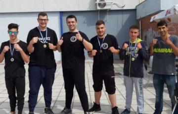 Πέντε μετάλλια για τον Α.Σ. «Παγκράτιον» στο διασυλλογικό πρωτάθλημα Kick Boxing (pics)