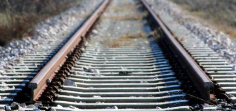 Τρένο παρέσυρε αυτοκίνητο έξω από τη Φλώρινα – Τραυματίστηκε ο οδηγός