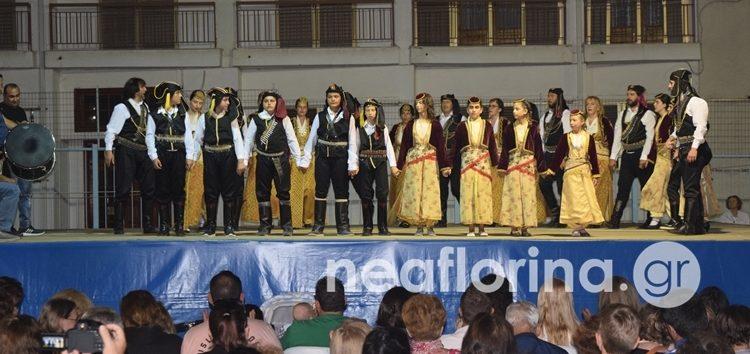 Η ομάδα «Ρυθμός και Κίνηση», η Εύξεινος Λέσχη και ο Σύλλογος Θεσσαλών στο «Πολιτιστικό Καλοκαίρι» (video, pics)