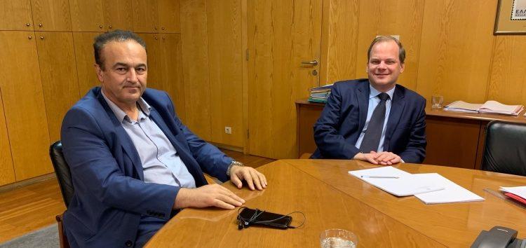 Συνάντηση του Γιάννη Αντωνιάδη με τον υπουργό Υποδομών και Μεταφορών για το θέμα του κάθετου άξονα